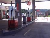 Realización de substitución de arquetas de descarga de tanques existentes Estación de Servicio Cepsa Los Pedrones (Valencia).